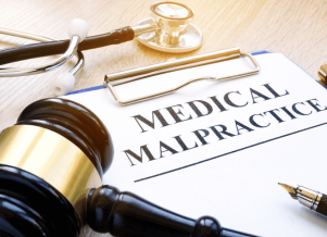 Medical Malpractice Attorney North Palm Beach | Call Today 561-459-5625